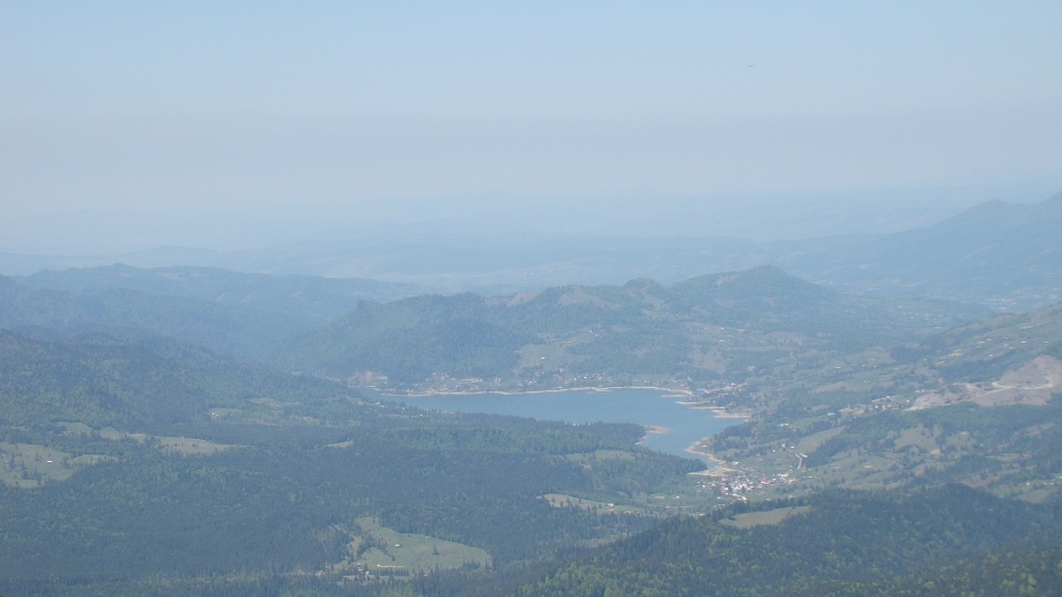 Lacul Colibița de pe Vf. Bistricioru (1990m)
