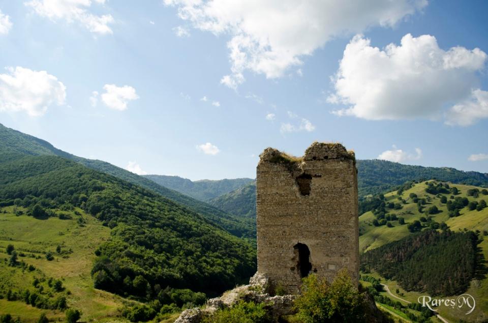 Turnul de apărare