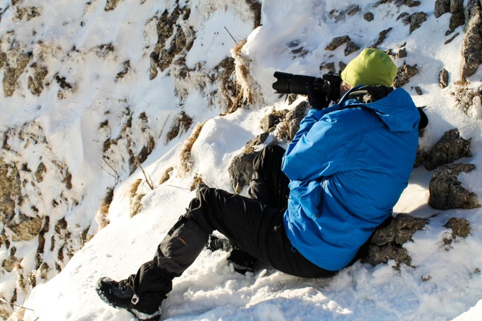 Ne calmăm, și decidem să renunțăm să escaladăm până în vârf. Mai bine admirăm ceva frumos...